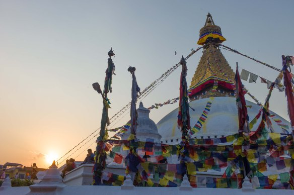 Bouddha Chorten i fint ljus!